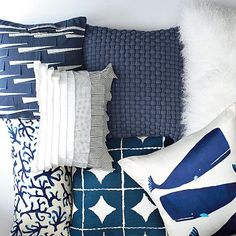 it was so hard to find navy accent pillows when I started this project.  happily, now they're everywhere!