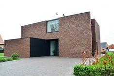 Modern Exterior, Exterior Design, Brick Cladding, Brick Architecture, Salon Furniture, Classic House, My House, Beautiful Homes, Building A House
