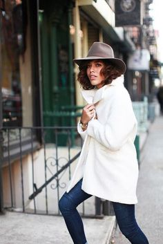 Cute White Winter Outfit : Street Style : MartaBarcelonaStyle's Blog