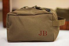 Set of 5 Groomsmen Gift Shave Bag Kit Personalized Custom Dopp Kit Vintage Military Toiletry Travel Bag