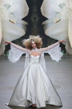 Monique Collignon, Haute Couture Show 2015 Model: Felice Fleur