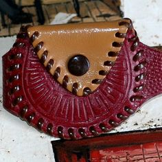 vintage leather bracelet /change purse case by CoolVintage on Etsy