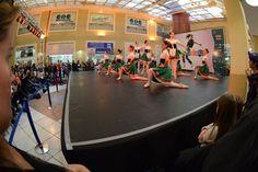 Apresentação no Shopping Cidade das Flores. Crédito: Dashmesh Photos/Claudia Baartsch