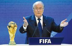 Madaxweynihii ka degay xilka madaxtinimada ee xidhiidhka kubadda cagta adduunka ee Sepp Blatter ayaa ku taageeray wadanka Ruushka inuu marti-gelin karo koobka adduunka ee soo socda. Dalka Ruushka a…