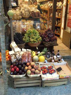 italian produce stand