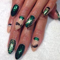 Art Deco nails for @sandiav! (at The Federal Bar - Long Beach)