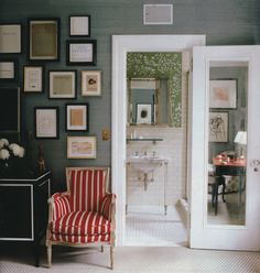 Grasscloth to floral wallcovering.
