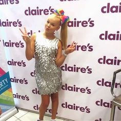 Come and join #JoJosBowParty and meet the star herself @itsjojosiwa on Sunday 11th December 1-4pm at Claire's, Mall of America, Bloomington, Minnesota, 55425  Make sure you're there early to avoid dissapointment as wristbands are limited!