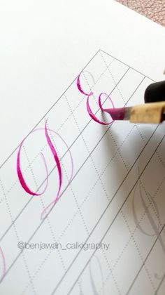 Calligraphy Letters Alphabet, How To Write Calligraphy, Calligraphy Handwriting, Calligraphy Art, Penmanship, Caligraphy, Hand Lettering For Beginners, Calligraphy For Beginners, Calligraphy Tutorial