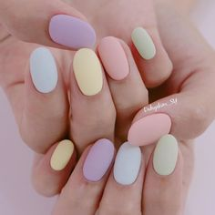 If you like pastel nails and nail designs, if you choose to have beautiful hands, this is your place. Here you can see the best designs and pastel nails to get ideas. Chic Nail Art, Chic Nails, Classy Nails, Stylish Nails, Trendy Nails, Pastel Nail Art, Colorful Nails, Summer Acrylic Nails, Best Acrylic Nails