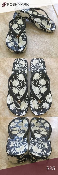 Tory burch wedge flip flops Great condition black and white flip flop! Tory Burch Shoes