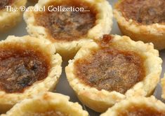 Granny's Butter Tarts 1 cups all-purpose flour tsp. salt cup cold butter, cubed cup shortening or lard 1 egg yolk 1 tsp. vinegar Ice w. Köstliche Desserts, Delicious Desserts, Dessert Recipes, Plated Desserts, Easy Tart Recipes, Baking Recipes, Loaf Recipes, Holiday Baking, Christmas Baking