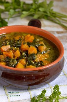 Italian Soup, Italian Recipes, Cavolo Nero Recipe, Beef Tagine, Veggie Recipes, Healthy Recipes, Confort Food, Vegetable Soup Healthy, Cabbage Soup