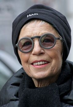 Smilla, 77 year old German blogger. Her glasses by the way are Lagerfeld, 9b64e282760