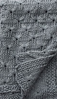 Knitting pattern for Dandelion Throw - Blanket knit with the dandelion stitch. Worked with 3 strands of DK weight yarn held together as one. Designed by Erin Black. Knitting Books, Knitting Stitches, Knitting Patterns Free, Baby Knitting, Stitch Patterns, Knitting Ideas, Knitted Afghans, Knitted Baby Blankets, Seed Stitch