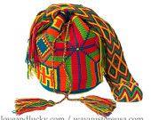 Authentic Wayuu Bags/ Wayuu Mochilas are handmade bu the wayuu Indigenous from Colombia. wybag-27