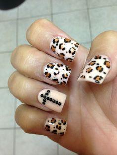 Leopard cross nails