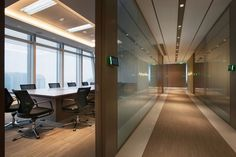 Boston Consulting Group office by M Moser Associates, Shanghai office healthcare