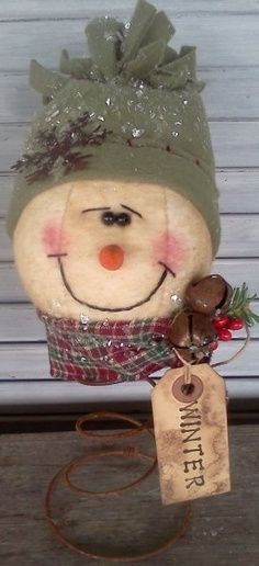 spindle snowman craft | Snowman Nodder Pattern An Old Tennis Ball and an Old Bed Spring! Very Creative!