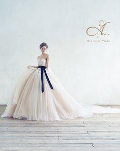 """ Timeless"" な美しさが魅力のA by Hatsuko Endo のドレス。"