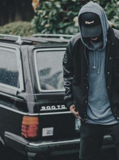 Bryson tiller facts: 19 things you need to know about the 'don't' singer - capital xtra Bryson Tiller Quotes, Bryson Tiller Type Beat, Moving To Miami, Big Songs, Teenager Posts Crushes, Picture Of Doctor, Lifestyle Sports, Pineapple Images, Best Boyfriend