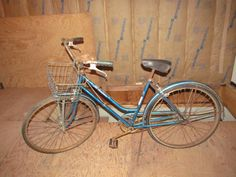 Fresh from the Shed Womens Vintage Bicycle Schwinn Breeze Female Front Basket Bicycle Bell on Handlebar Girls Bike