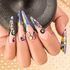 ¡Las conchas son el mejor disfraz para este diseño con #TopCollection! GOODNESS Isaac González / Pro Master Organic® Nails #ExpresaTuPasión