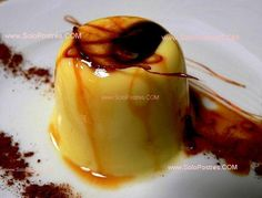 Flan de café con chips de chocolate