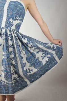 Vintage 1950s Sun Dress /
