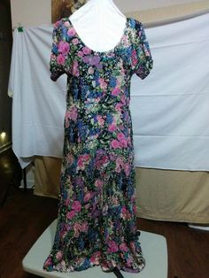 BUY IT NOW! ALWAYS FREE SHIPPING! Vintage 80s or 90s Maxi Dress Crinkle Rayon Size S/M Floral Print Large Sweep  | eBay