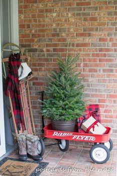 front porch christmas decor ideas, christmas decorations, porches, seasonal holiday decor