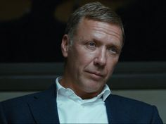Mikael Persbrandt as Gunvald Larsson in Beck, Sjukhusmorden (2015).