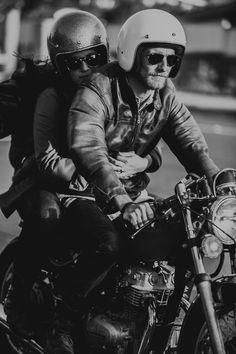 Biker Dating Site for Meeting Harley Women & Harley riders Blitz Motorcycles, Vintage Motorcycles, Bobber Custom, Custom Bikes, Estilo Cafe Racer, Biker Dating, Motos Vintage, Motorcycle Couple, A Well Traveled Woman