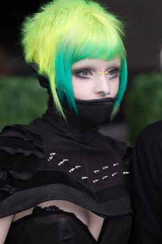 21 Cyberpunk Haircuts for Bold and Beautiful Divas # Punk Hair Beautiful Bold Cyberpunk Divas haircuts Cyberpunk 2077, Mode Cyberpunk, Cyberpunk Fashion, Cyberpunk Tattoo, Cyberpunk Girl, Punk Girl Hair, Punk Girls, Emo Hair, Gothic Girls