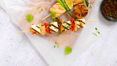 Slik griller du halloumi Vegetarian Eggs, Halloumi, Grilling, Bbq, Mexican, Ethnic Recipes, Food, Barbecue, Barrel Smoker