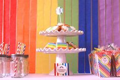 Rainbow birthday party food and dessert table Rainbow Loom Party, Rainbow Parties, Rainbow Birthday Party, Birthday Parties, Love Rainbow, Rainbow Colors, Rainbow Activities, Colorful Party, Food Festival