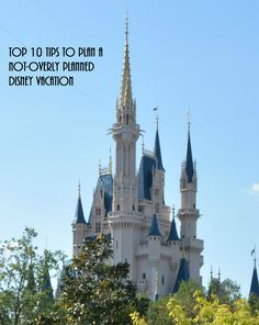 A planned but not overly-planned Disney vacation?Sounds like an oxymoron, right? Not true. I am an absolute believer that if you walk into a Disney [...]