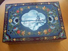 Dutch Hinderloopen Folk Art box | Flickr - Photo Sharing!