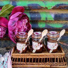 Botecitos rellenos con crema de chocolate y avellanas o con crema de galletas speculoos (Un bizcocho para Teo) con nuestras cucharitas de madera (80 ml) Pedidos y catálogo;detallisime@yahoo.es