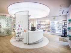 In provincia di Cremona, la Farmacia Granata si rinnova e si concentra sui servizi e su il rapporto con i propri clienti. OBIETTIVO: implementare lo spazio di interazione con il cliente, dedicando delle zone alla consulenza e alla prova … Continued