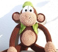 Affe gehäkelt, Crochet Monkey, Anleitung in russisch, pattern in Russian: http://www.li.ru/interface/pda/?jid=4958842&pid=244572043&redirected=1&page=0&backurl=/users/4958842/post244572043/