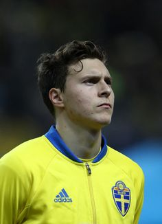 Victor Lindelof of Sweden during the FIFA 2018 World Cup Qualifier Play-Off: First Leg between Sweden and Italy at Friends arena on November 10, 2017 in Solna, Sweden. - 266 of 285