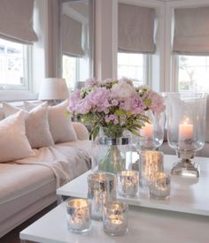 Pink and white flowers by @ma_house.