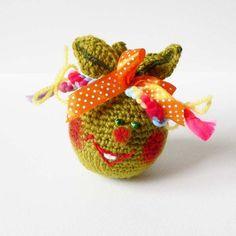 Jabłuszko - zabawka/maskotka w SolmilarArt na DaWanda.com