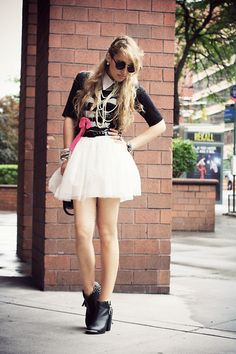 Glam Rock Girl! (by Camilla S) http://lookbook.nu/look/3618741-Glam-Rock-Girl  http://www.glamgerous.com/2012/06/glamrock-girl.html