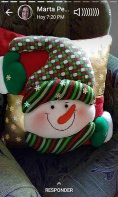 Christmas Stocking Kits, Felt Christmas Stockings, Felt Christmas Ornaments, Christmas Snowman, Christmas Crafts, Christmas Ideas, Christmas Cushion Covers, Christmas Cushions, Christmas Pillow