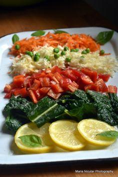 12 retete vegetariene pentru colesterol marit. Mancare sanatoasa care vindeca – Sfaturi de nutritie si retete culinare sanatoase Caprese Salad, Vegetarian, Food, Lose Weight In A Month, Weights, Salads, Essen, Meals, Yemek