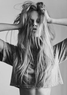 messy hair   Make-up, Hairstyle and mode by mari_del_mar   We Heart It