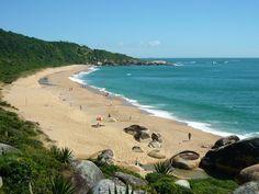 Praia de Taquarinhas, Balneário Camboriú – Santa Catarina