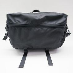 Slingpack - Black Cool Things To Buy, Backpacks, Shoulder Bag, Navy, Black, Cool Stuff To Buy, Hale Navy, Black People, Shoulder Bags